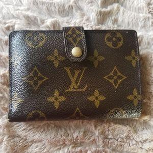 🎗Lovely Louis Vuitton Kisslock Wallet✨FREE GIFT🎁